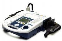 Дефибриллятор портативный Paramedic CU-ER5