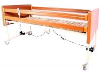 Кровать медицинская 4 секции деревянная с электроприводом с металлическим ложем OSD-91